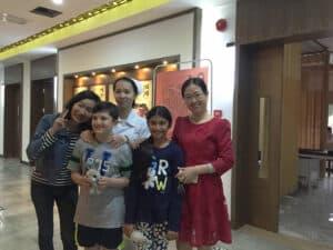 cierpiący na autyzm pacjent przybywa do Chin po leczenie komórkami macierzystymi
